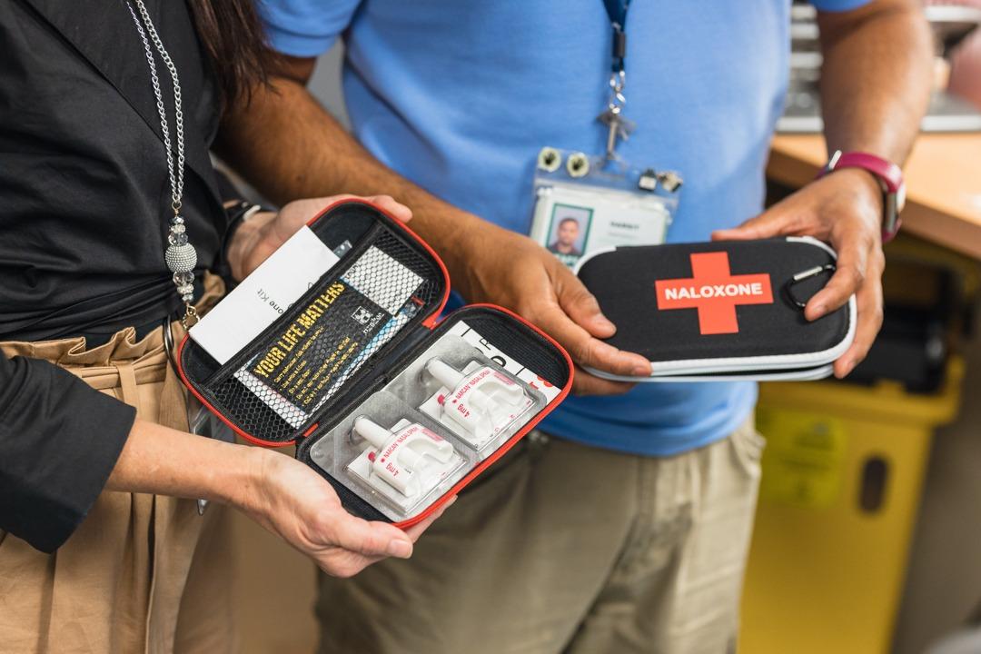 close up of open Naloxone kit