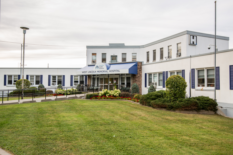West Lincoln Memorial Hospital exterior