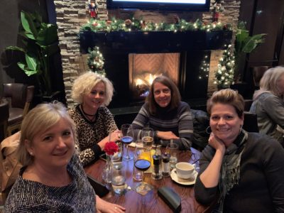 Photo of Sandy, Sandra, Sonja and Sharon at dinner