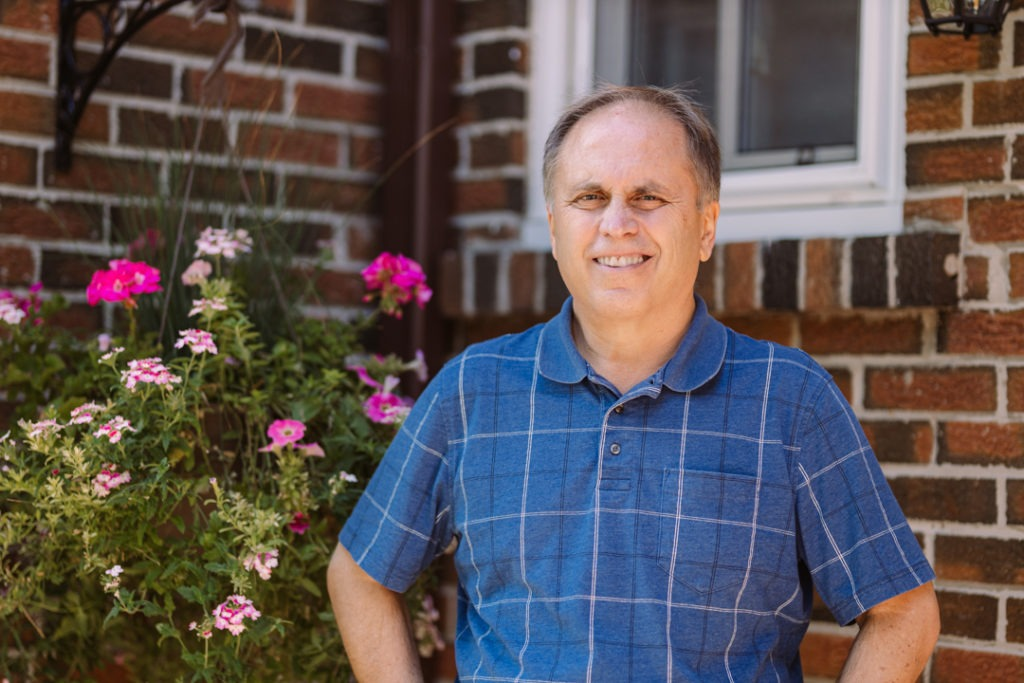 Bob Smith took a virtual pain management program