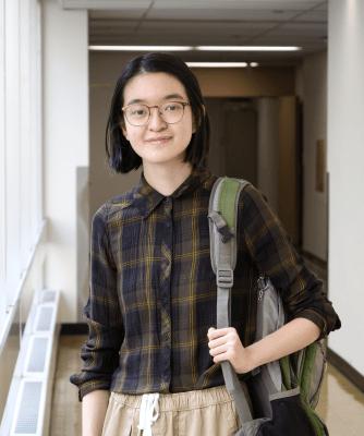 headshot of student, Anne Fu